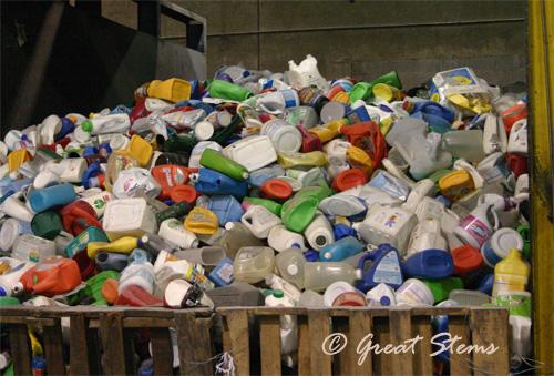 recyclingh01-24-11.jpg